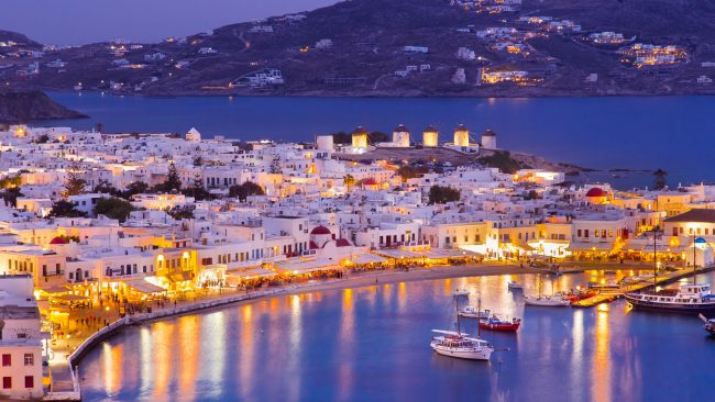 Party and nightlife for gays in Mykonos