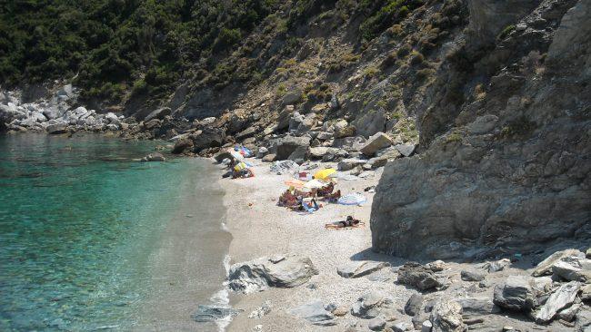 Coin sur la plage d'Agios Ioannis à Mykonos