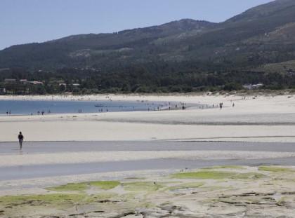 visit Aguieira beach