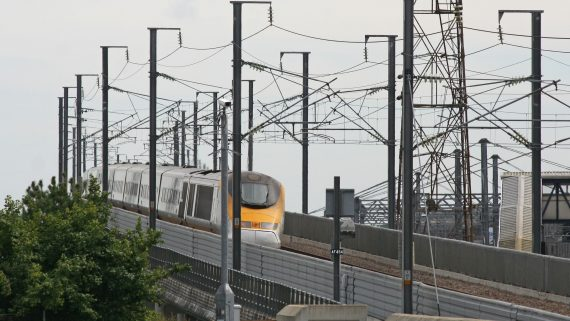 Eurostar network to travel to London by train