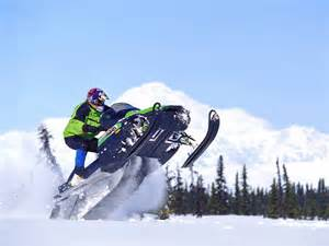 Snowmobiles in Font Romeo