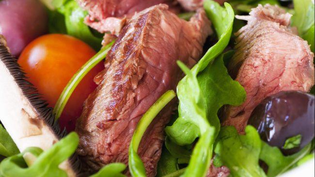 Kangaroo meat accompanied by vegetables