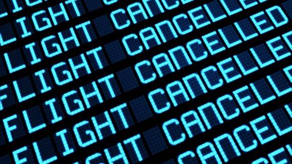 Comment Ryanair informe-t-elle qu'un vol a été annulé?