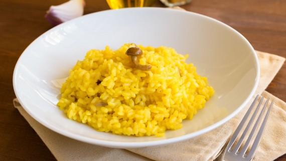 Risotto alla milanese or risotto allo zafferano