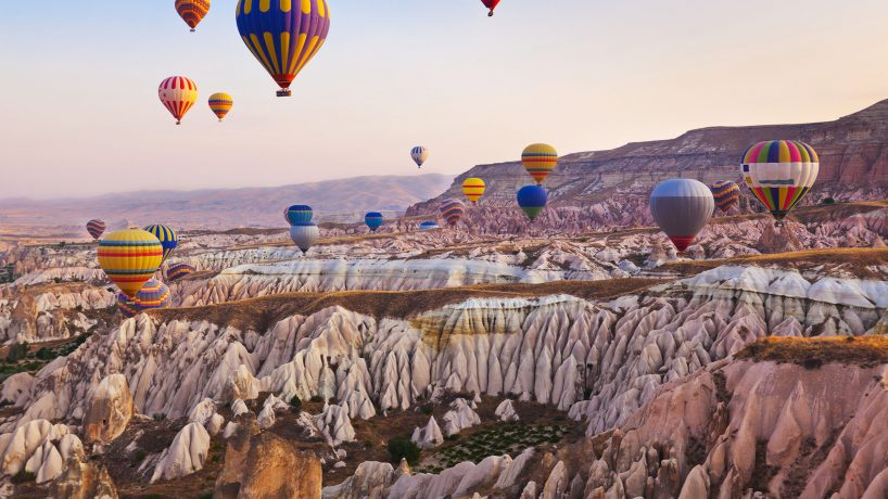 Tips documentation and requirements to travel to Turkey