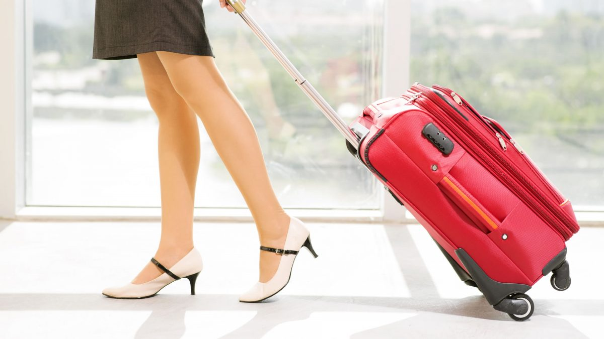 Dimensions weight and objects allowed in hand luggage in easyJet