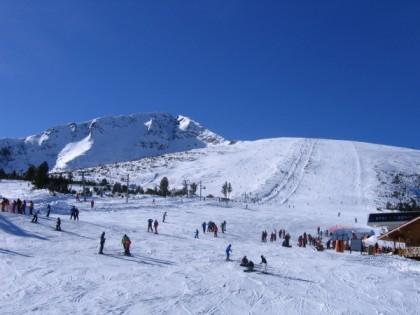 Skiing in Aragon