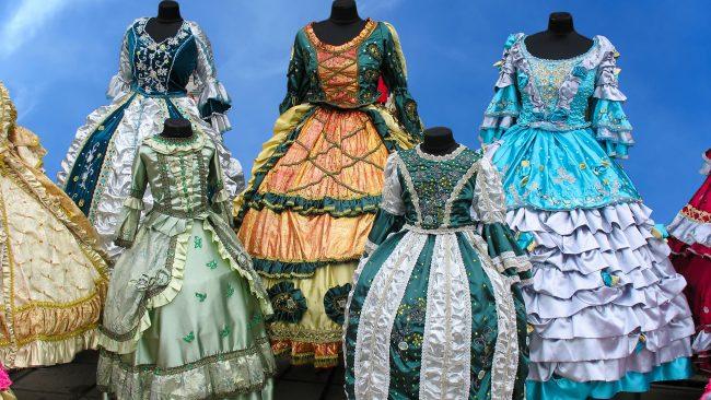 Costumes européens antiques: époque de la Renaissance en Italie
