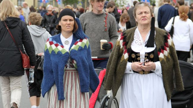 Iceland national costumes for women