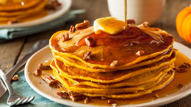 Pancakes with maple syrup: a sweet from Canada