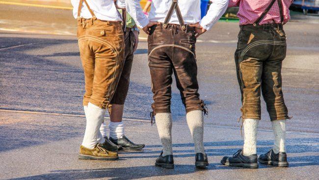 Lederhosen: la pièce de base du costume traditionnel allemand