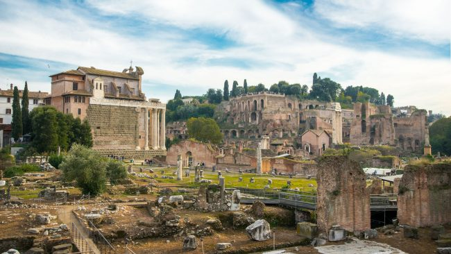 The Forum of Rome: witness of the grandeur of the Roman Empire