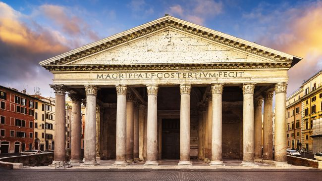 Pantheon of Agrippa, one of the great attractions of Rome