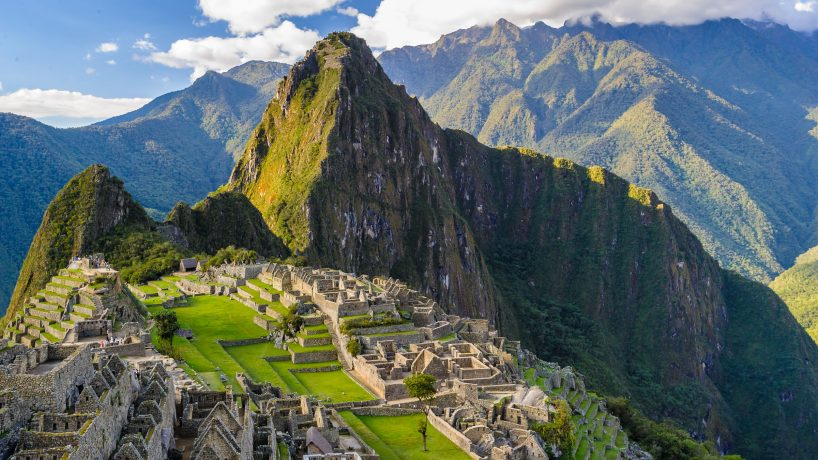 Tips documentation and requirements to travel to Peru