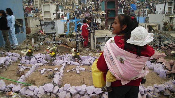 Cimetière de Lima (Pérou) le jour des morts