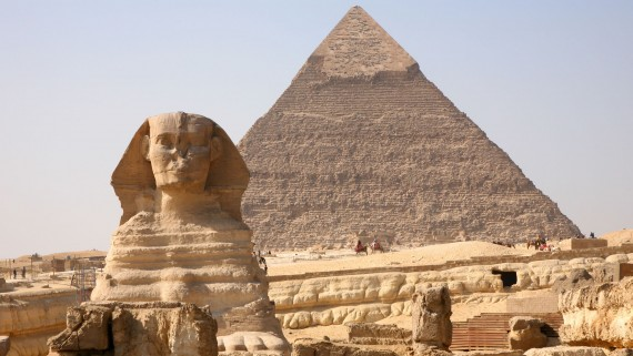 Views of the Sphinx and the Great Pyramid of Giza