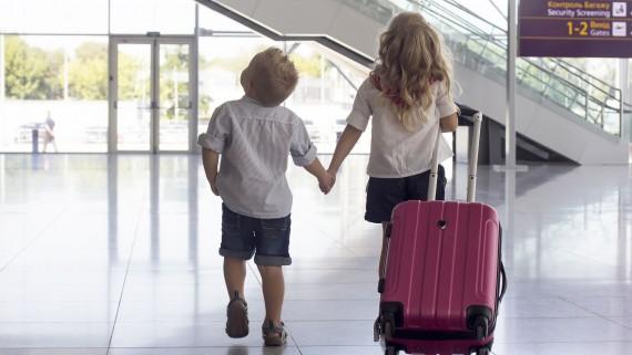 Children traveling alone between EU member states