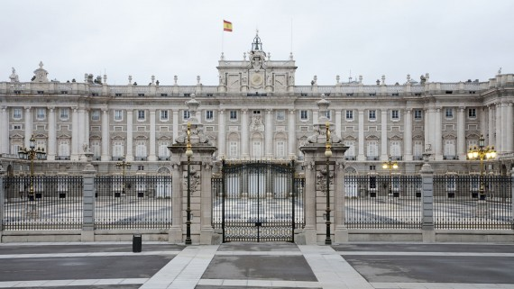 Front view of the Royal Palace of Madrid