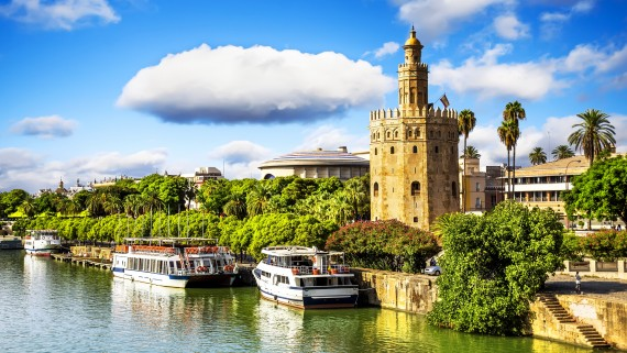 The famous Torre del Oro in Seville