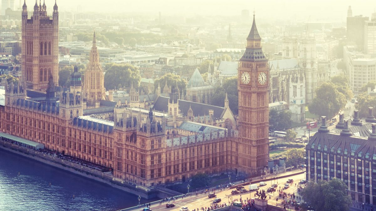 Tips documentation and requirements to travel to United Kingdom