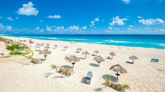 Cancun for singles