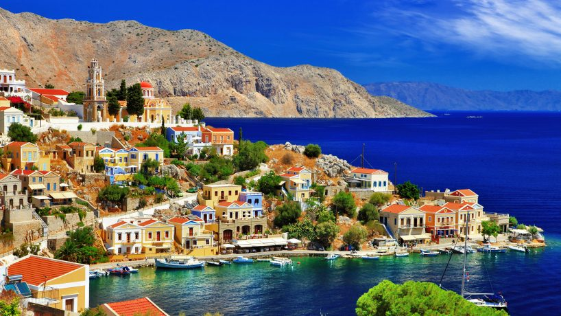 Tips documentation and requirements to travel to Greece