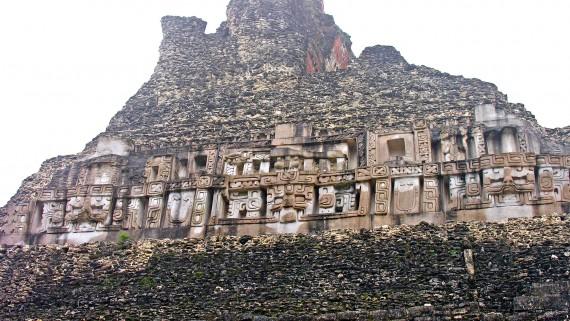 Ruines mayas au Belize, en Amérique centrale