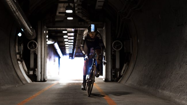 The Eurotunnel crossed for the first time by a cyclist