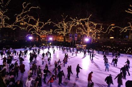 Ice skating rink in Paris