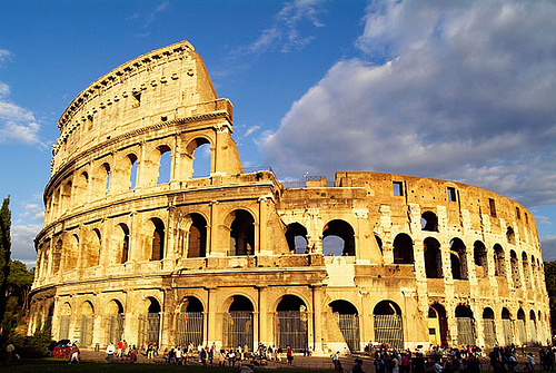 Lets travel to the New Wonder The Roman Colosseum