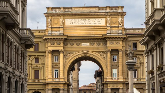 triumphal arch and column