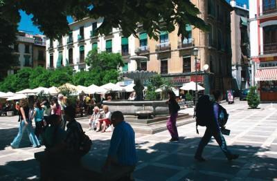 Terraces of the Plaza Nueva