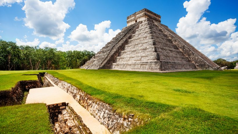 Visit the pyramids of Mexico