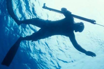 Diving with fins