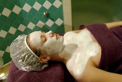 Nettoyage du visage au sauna