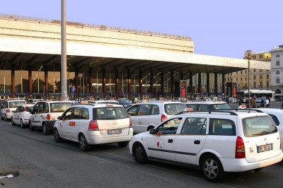 Taxis in Termini