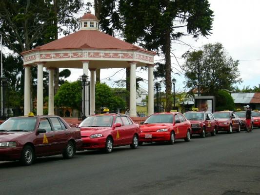 Taxi rank in San José