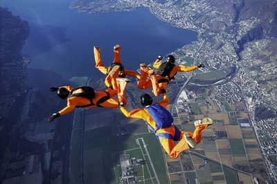 parachutisme de groupe à Séville
