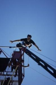 Bungee jumping falls free