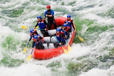 Rafting in Huesca in group
