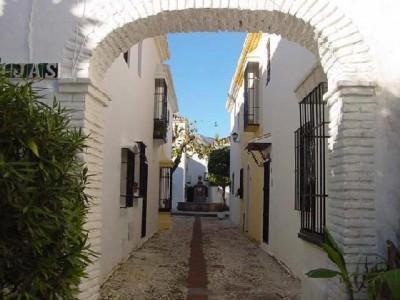Pueblo López, Malaga