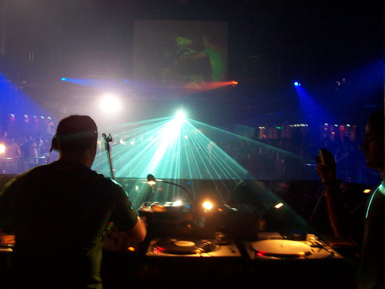 Nightclubs in Granada