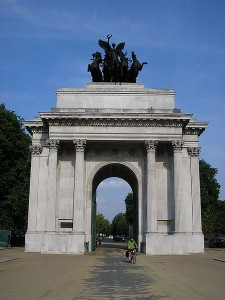 monuments in the UK the Wellington Arch