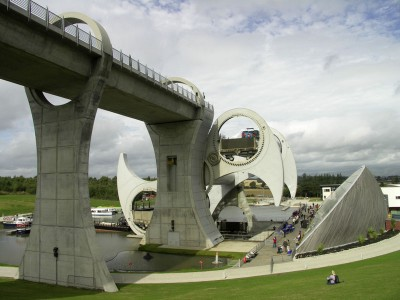 monuments in the UK the Falkirk Wheel