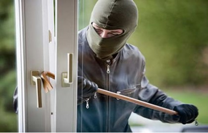 ways to avoid a theft in your home while