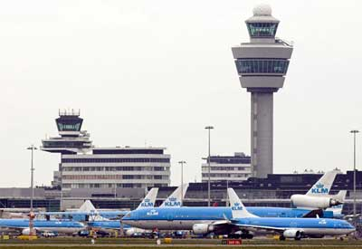 Planes in Schiphol