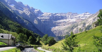 Hiking trails in the Pyrenees