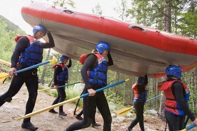 Multiadventure rafting