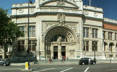 Victoria & Alberto Museum in London